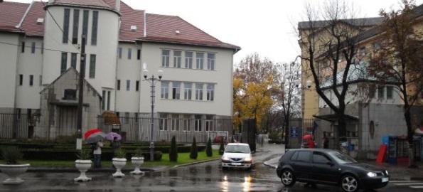"""Scrisoare deschisă Bogdan Manafu: """"Nu transformaţi Universitatea în şcoală postliceală!"""""""