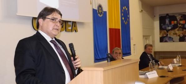 Hurezeanu la Oradea: repatriaţii şi modelele autentice ar putea revigora România!