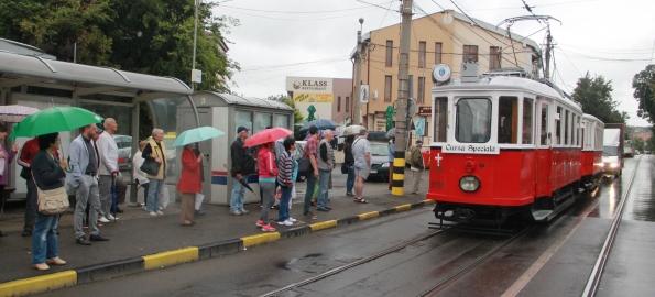 Nostalgia trecutului. Un tramvai de epocă circulă în fiecare weekend în Oradea!