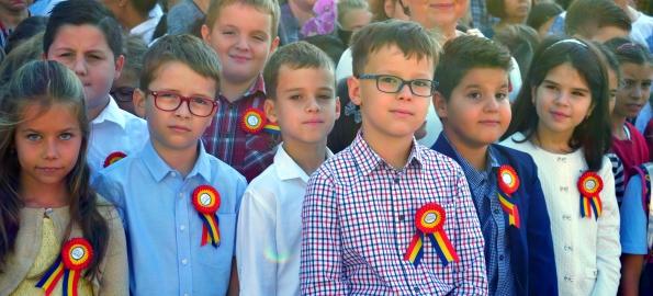 Început de an școlar cu Centenarul în gând, în Bihor!