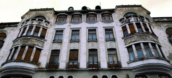 S-a semnat contractul. Se reabilitează Palatul Ullmann!